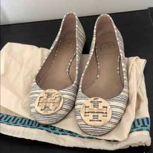 Tory Burch Flats size 6M- white and blue stripes